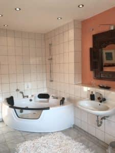 Badezimmer Waldhotel-Auerhahn