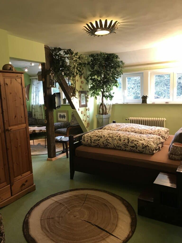 Betten Baumzimmer Waldhotel-Auerhahn
